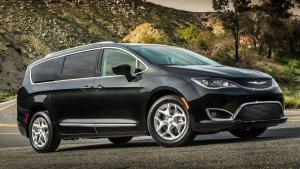 Chrysler-Pacifica-2017-ball-join-recall