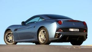 Ferrari-California-2009-recall-airbag