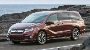 Honda-Odyssey-2017-sliding-door
