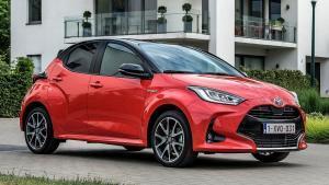 Toyota-Yaris-2020-headlights-switch