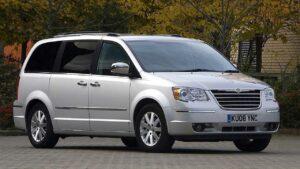 Chrysler-Grand-Voyager-2011-badge-logo