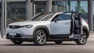 Mazda-MX-30-brake-lights-assist